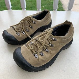 Keen Hiking Suede Shoes Outdoor Walking Size 7.5